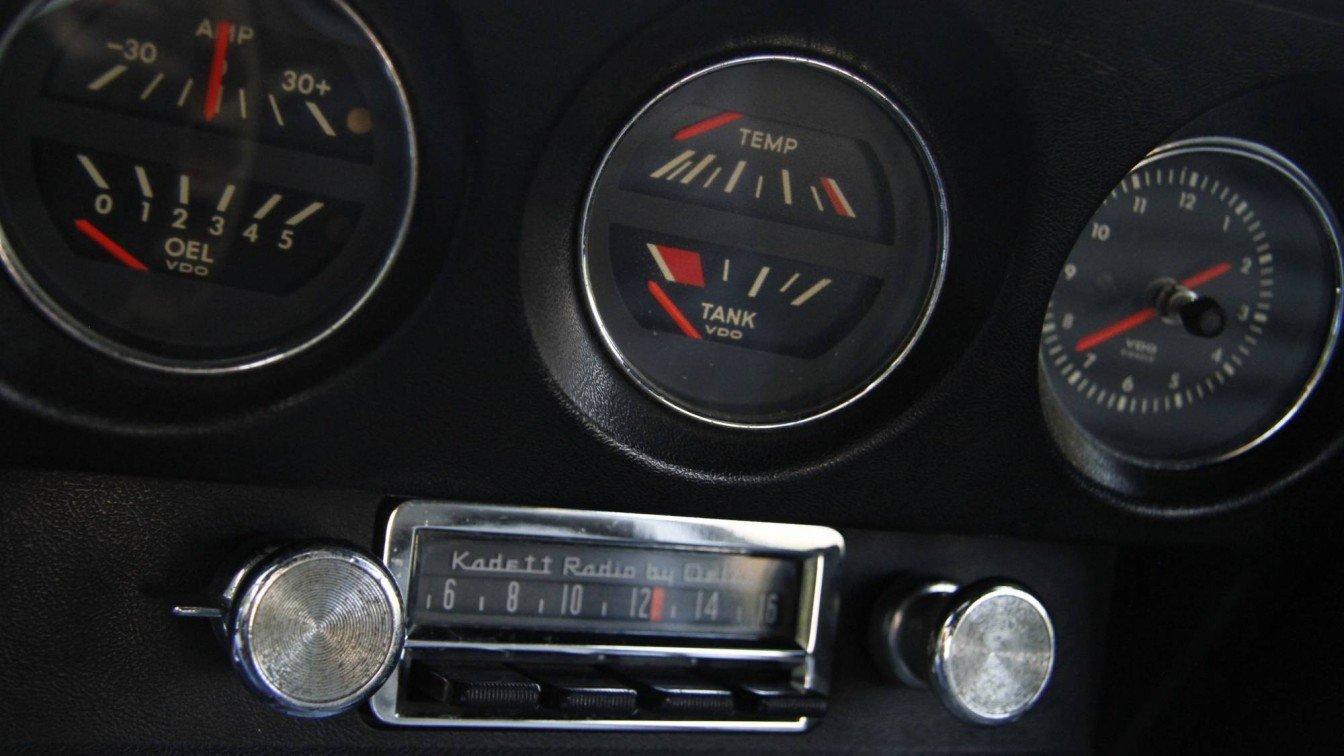 Opel GT 1900