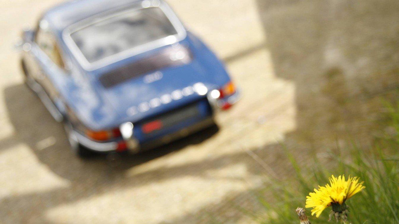 Porsche 911 2.4T Coupé