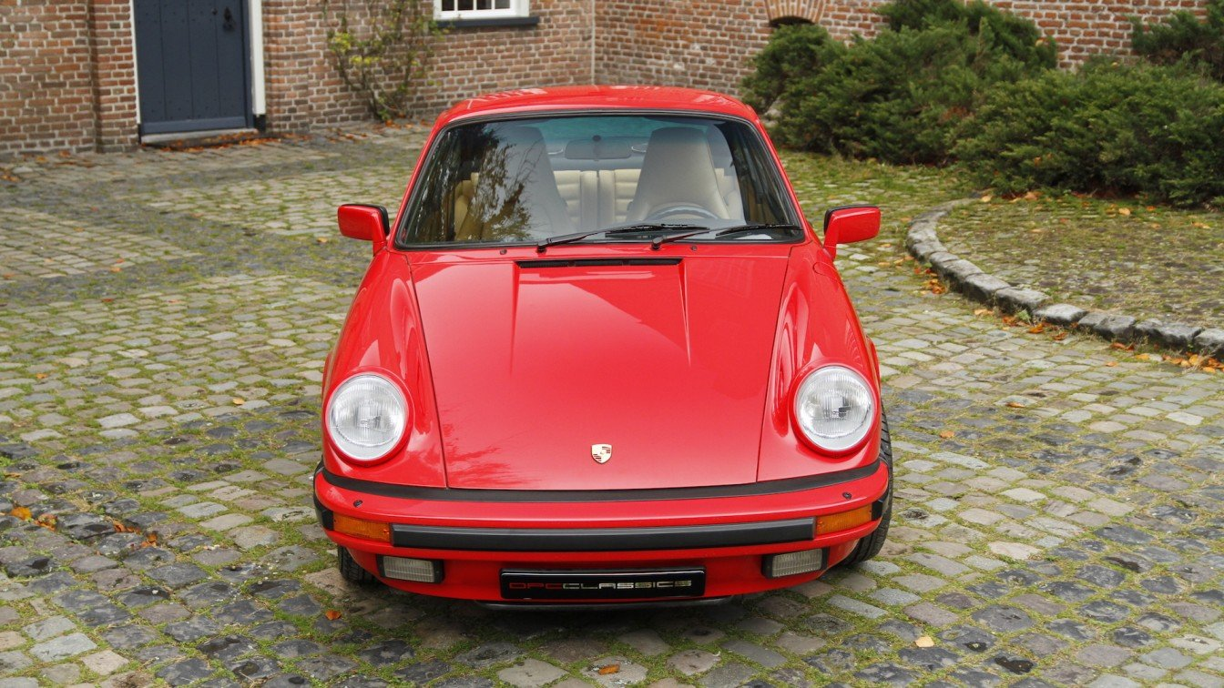 Porsche 911 Carrera 3.2 Coupé