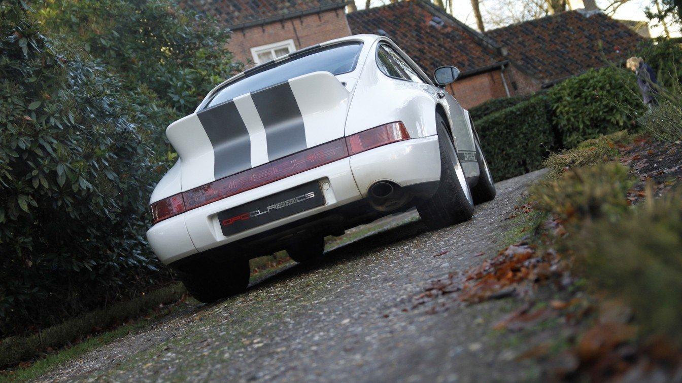 Porsche 964 Carrera 2 (Lightweight)